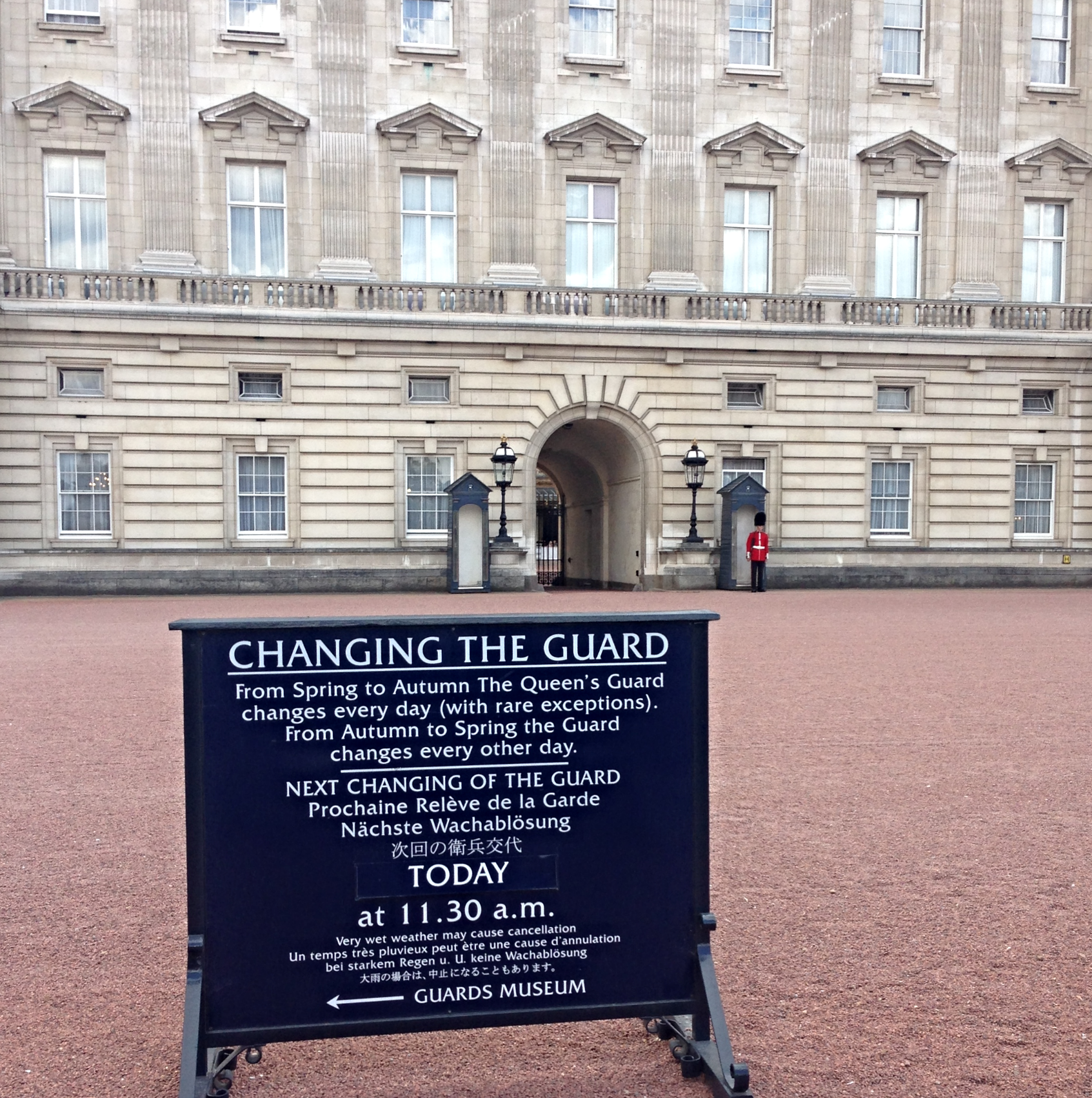 changing-the-guard-times-london