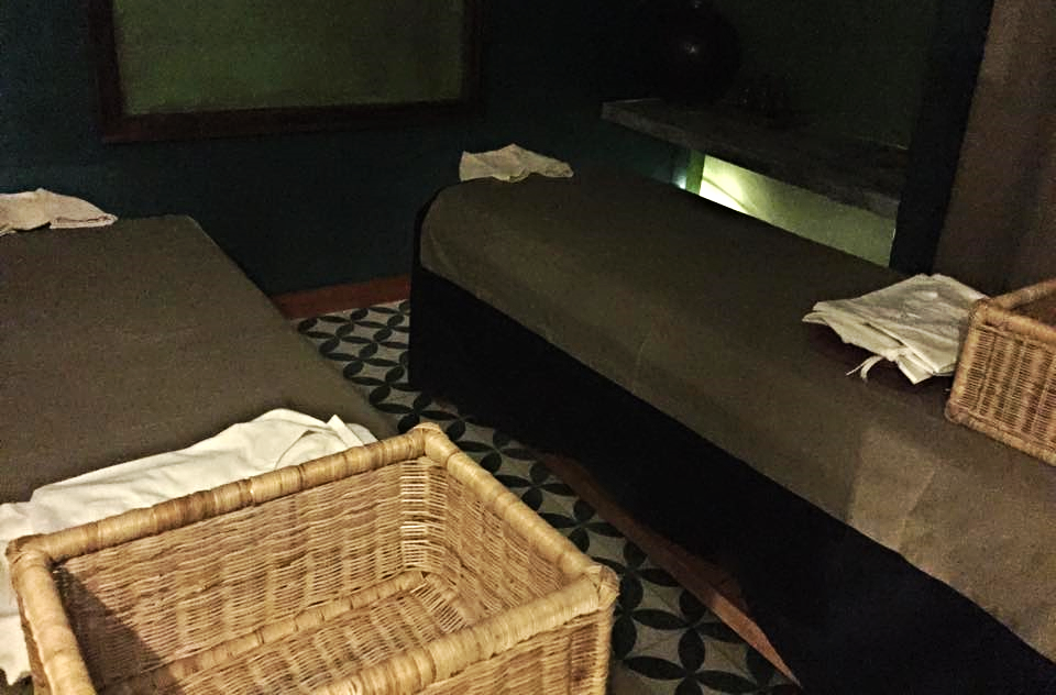 de-kampuchea-spa-massage-beds