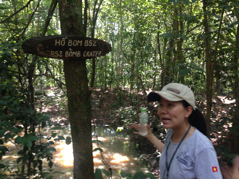 cu-chi-tunnels-tour-vietnam