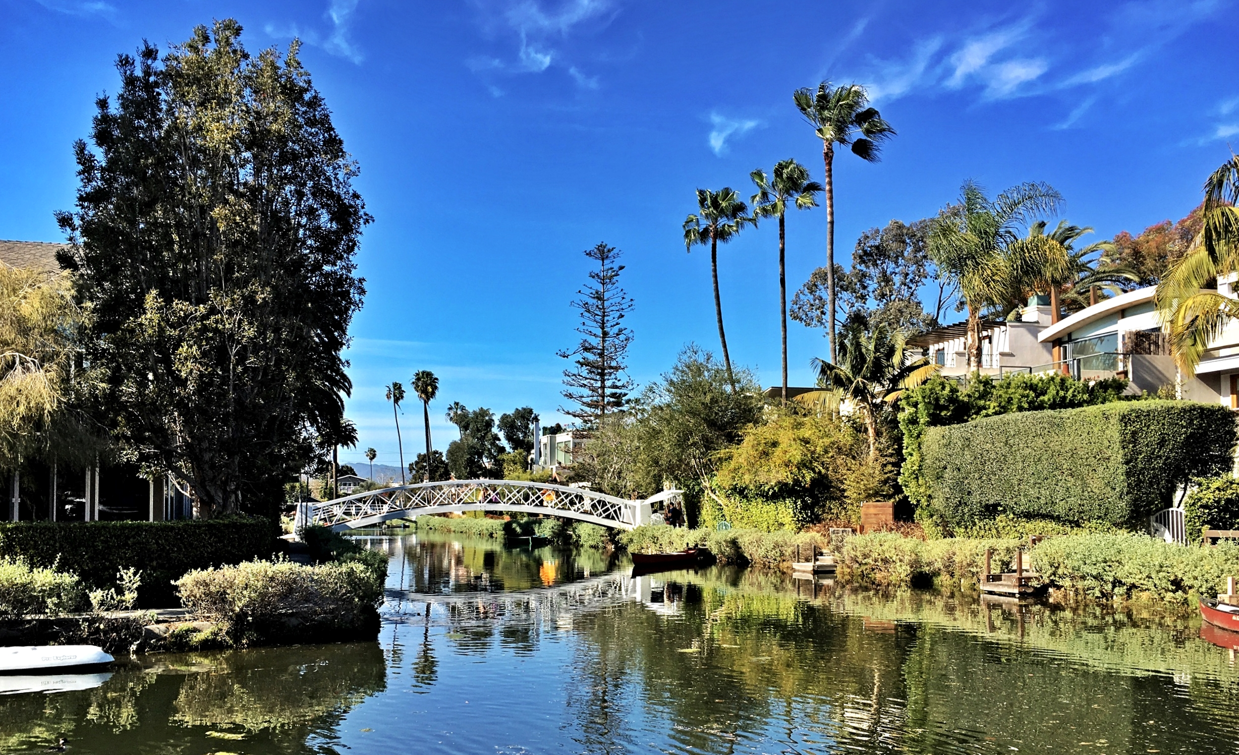venice-canals-california-visit-information