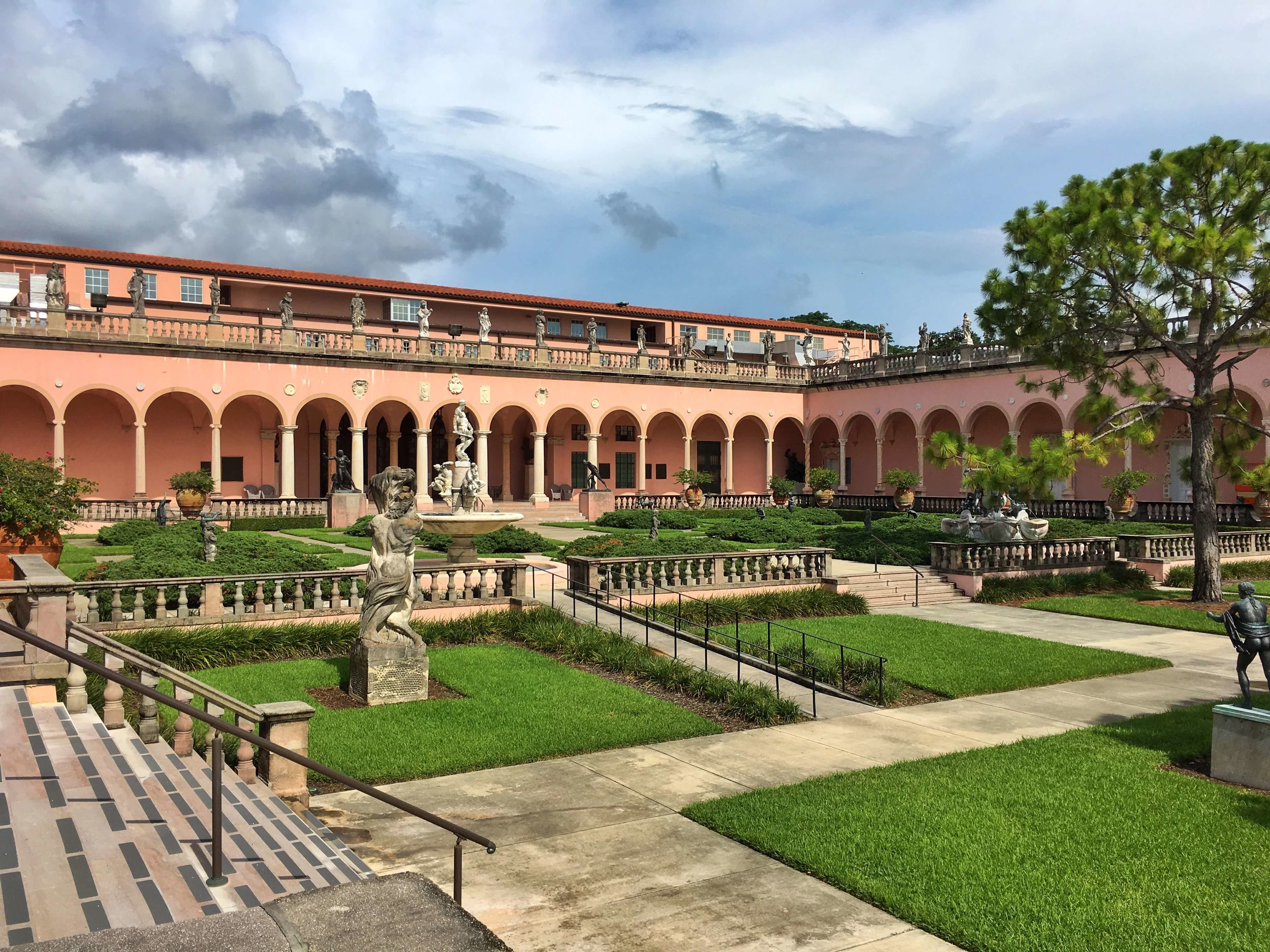The John & Mable Ringling Museum of Art: Courtyard