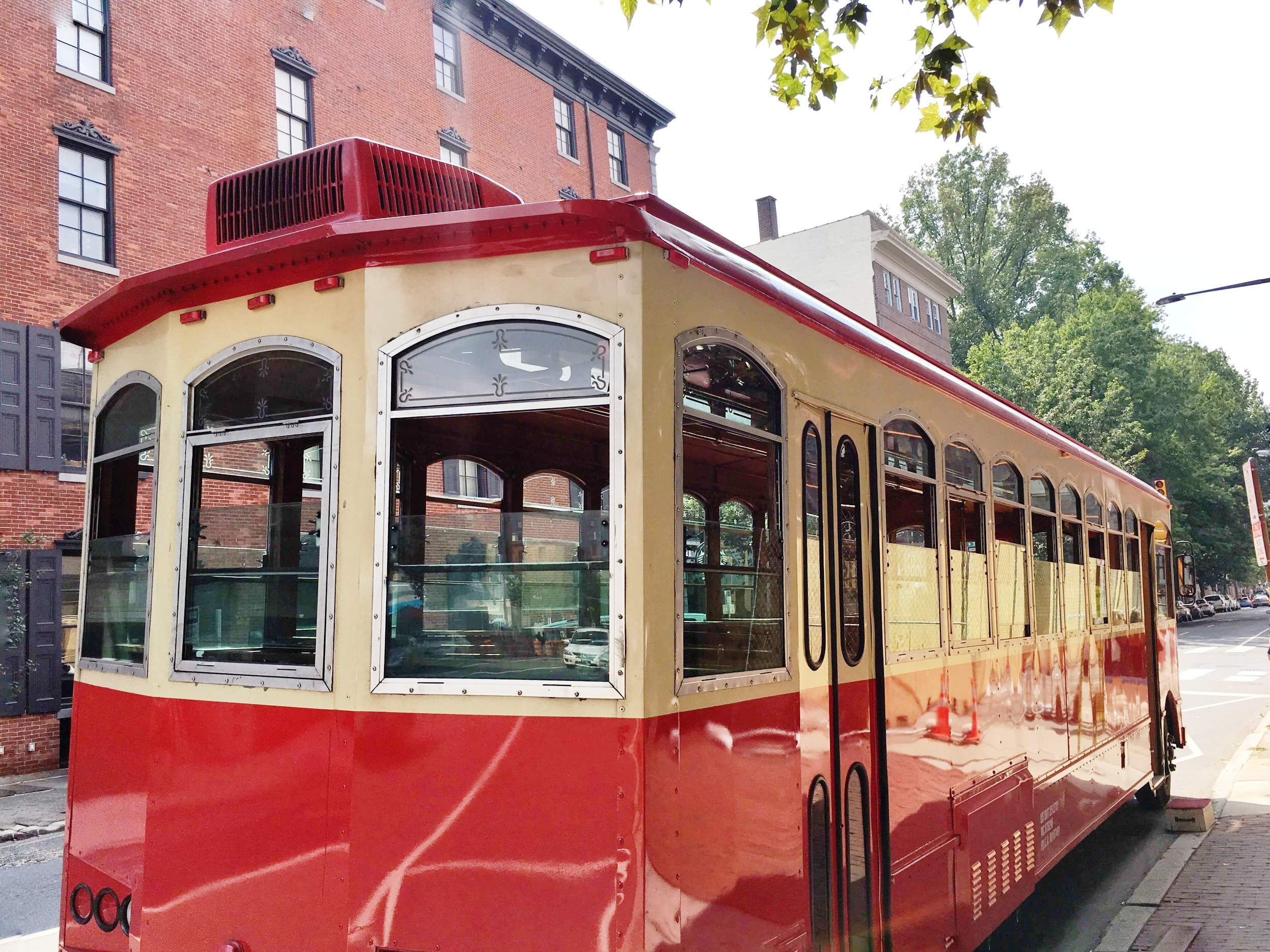 founding footsteps trolley tour philly - ochristine