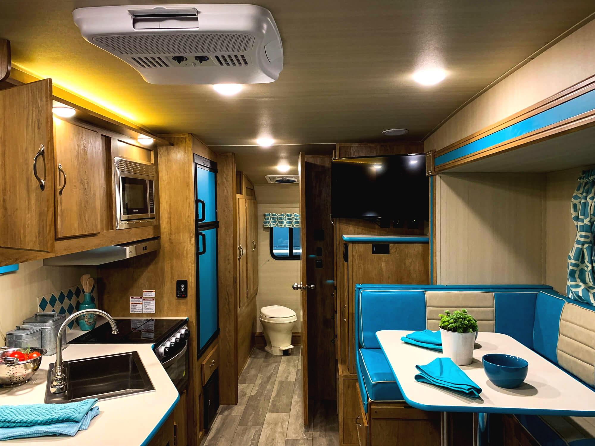 Vintage+Cruiser+Gulf+Stream+Interior+RV+ochristine