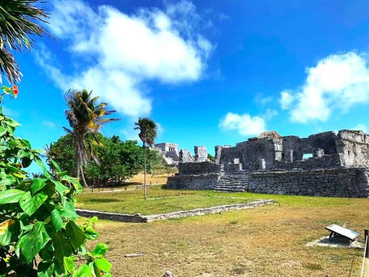 Tulum Ruins Tour - Entrance fee $3.50