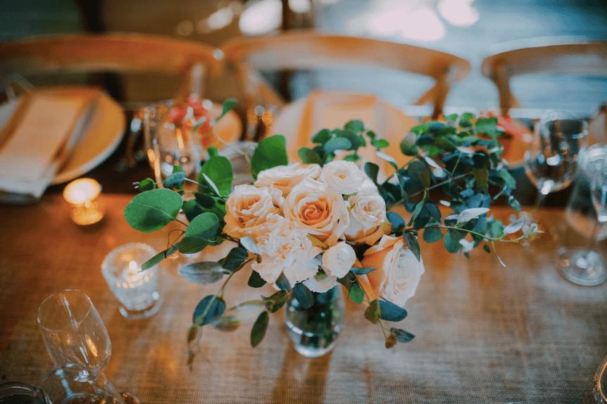 Boho floral arrangement - Flower Moxie DIY