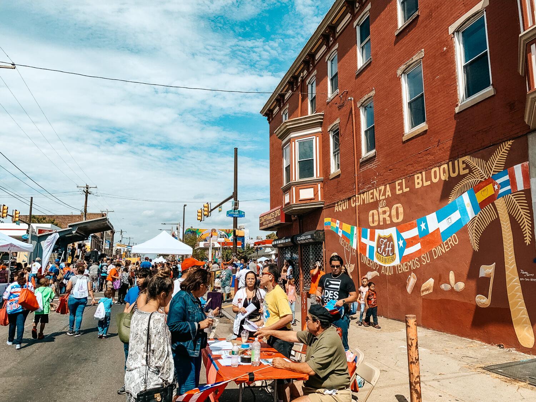 Feria del barrio in el centro de oro in Philadelphia