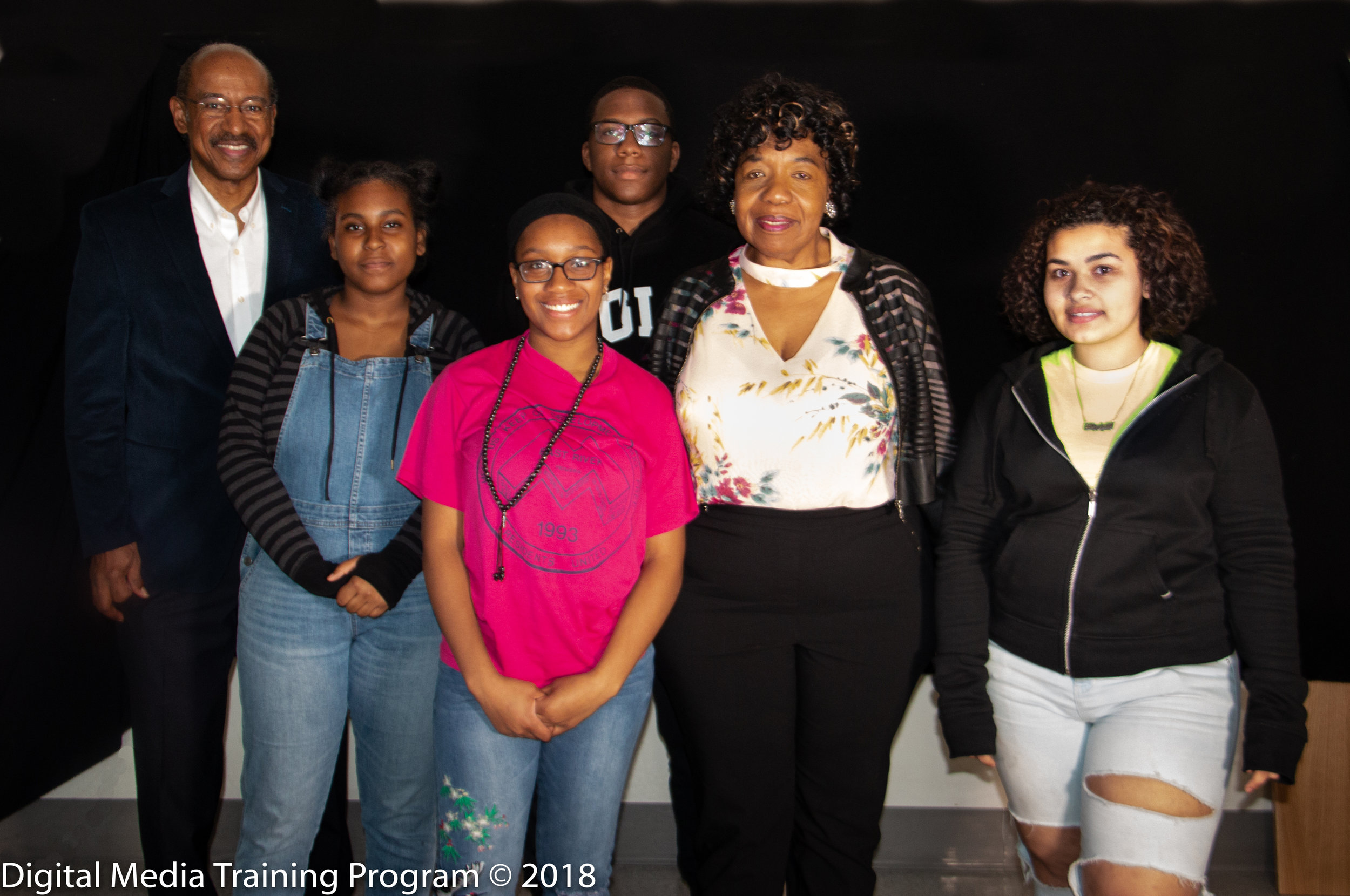New Explorers High School Video Journalism class with Gwen Carr and Melvin McCray_.jpg