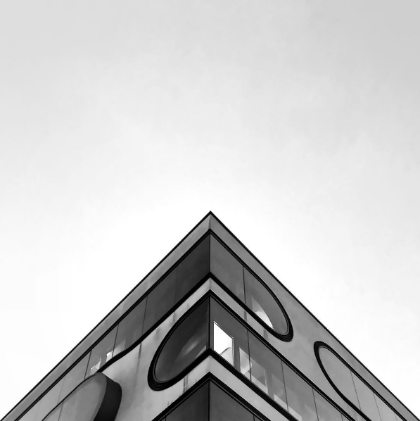 """The Geometry Club celebrates """"the beauty of architecture with precisely aligned photographs from around the world."""" This stunning shot was taken by  @williwilhelmphotography . Want to contribute your own architectural triangle? Make sure the corner of the building is in the center, with each building edge falling off the image's sides at the same point, symmetrically."""