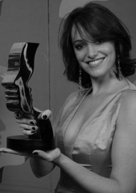 It's all smiles in the press room as Cara Pifko wins leading actress at the Gemini Awards.