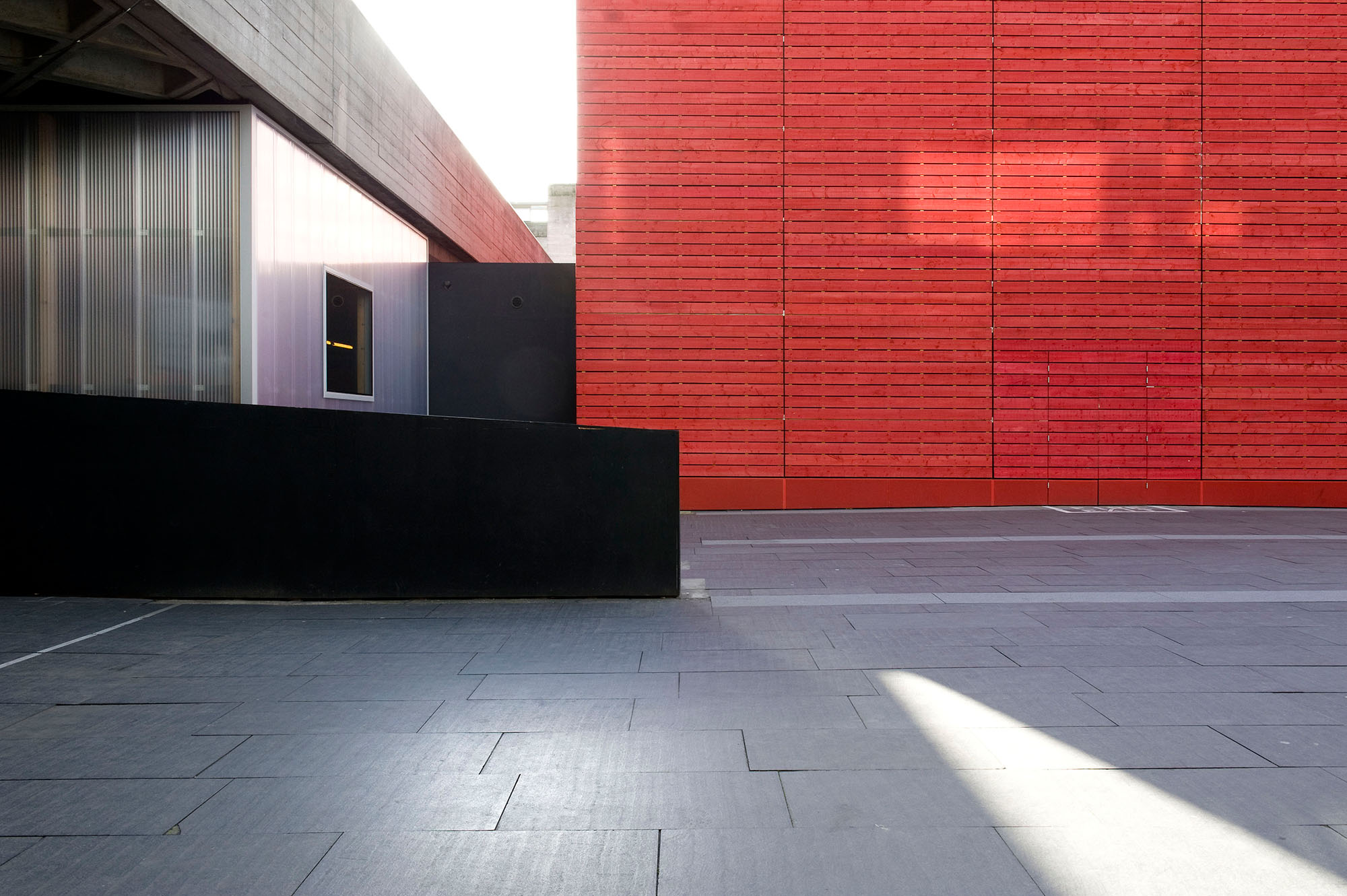 national theatre red wooden wall_DSC_1832.jpg