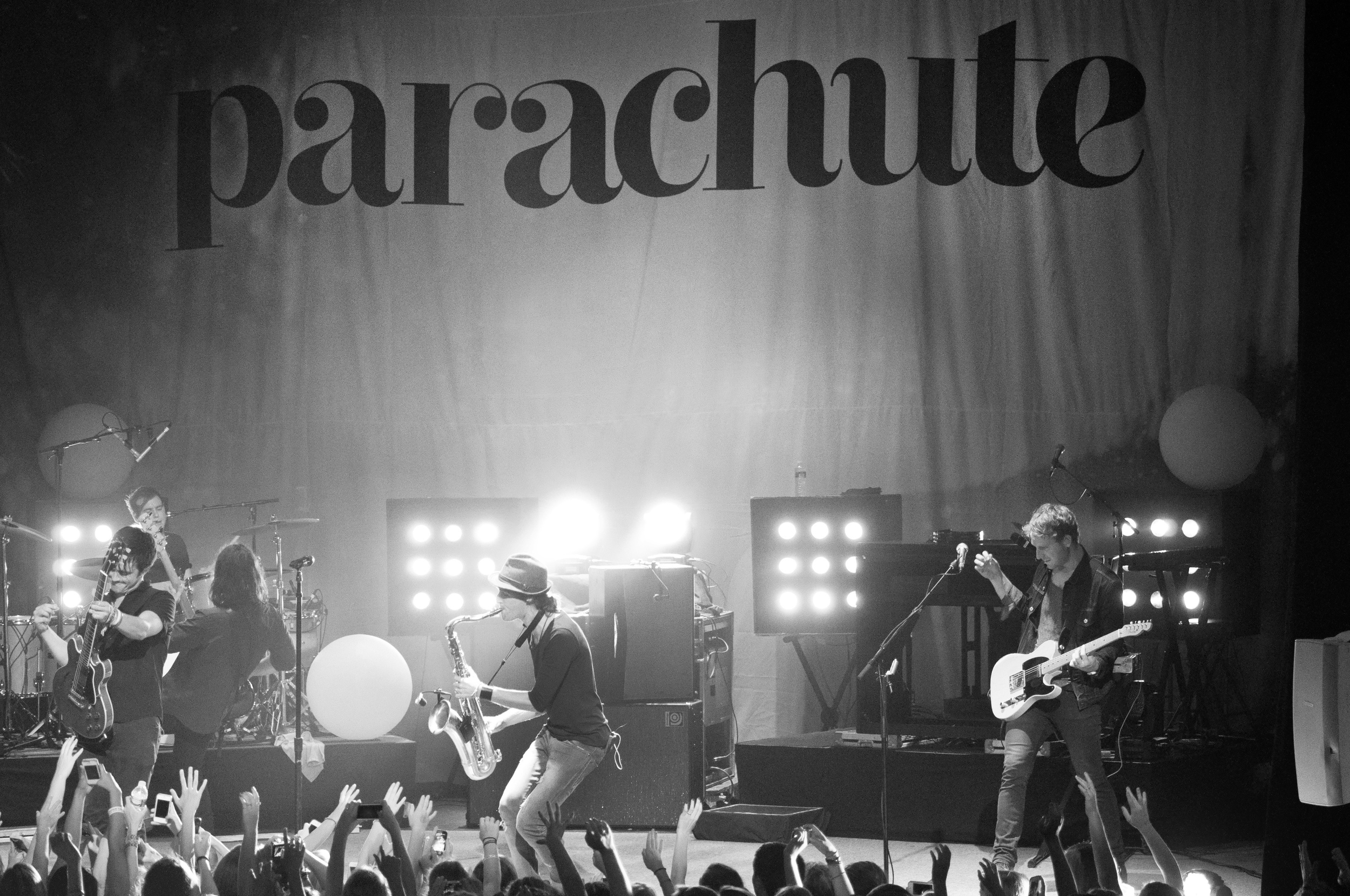 parachute-14.jpg