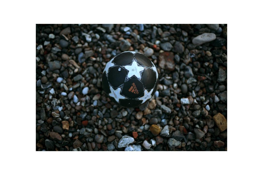 Thames Balls.jpg