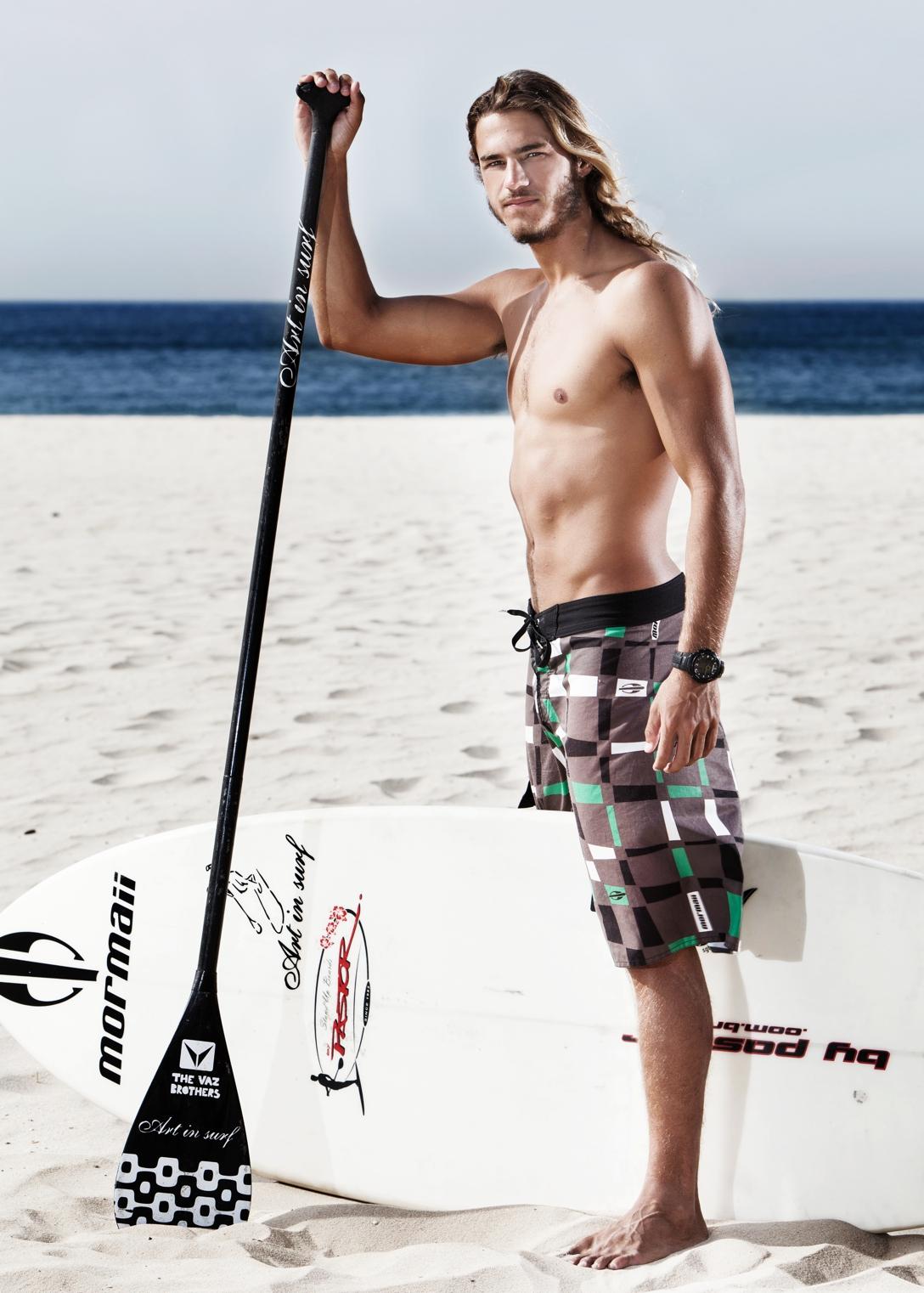 Caio Vaz, surfer