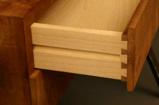 drawer%20detail%20small[1].jpg
