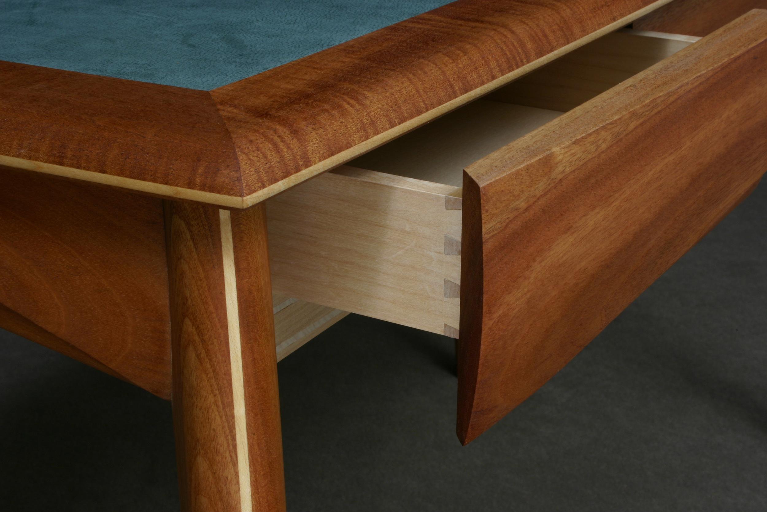 Detail of Kort Desk
