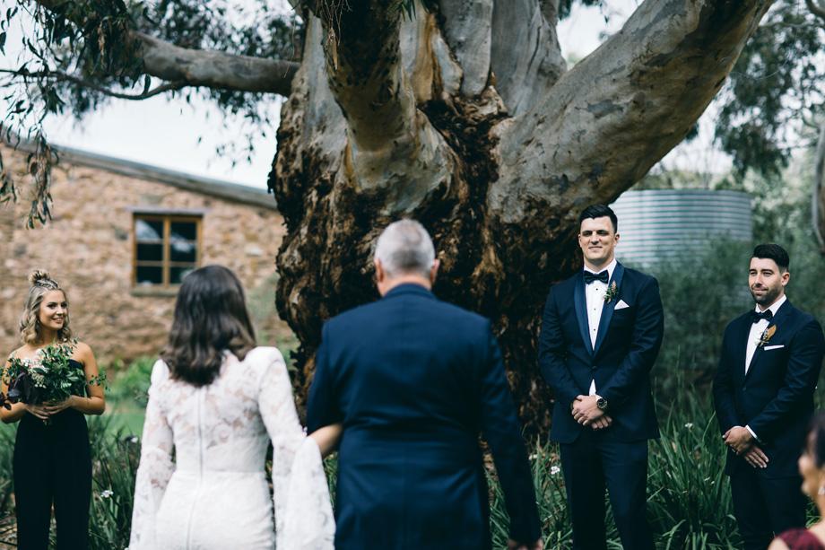 Melbourne wedding photographer Leo Farrell040.JPG