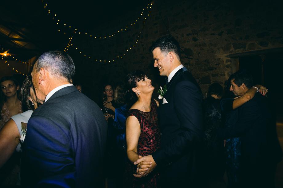 Melbourne wedding photographer Leo Farrell124.JPG