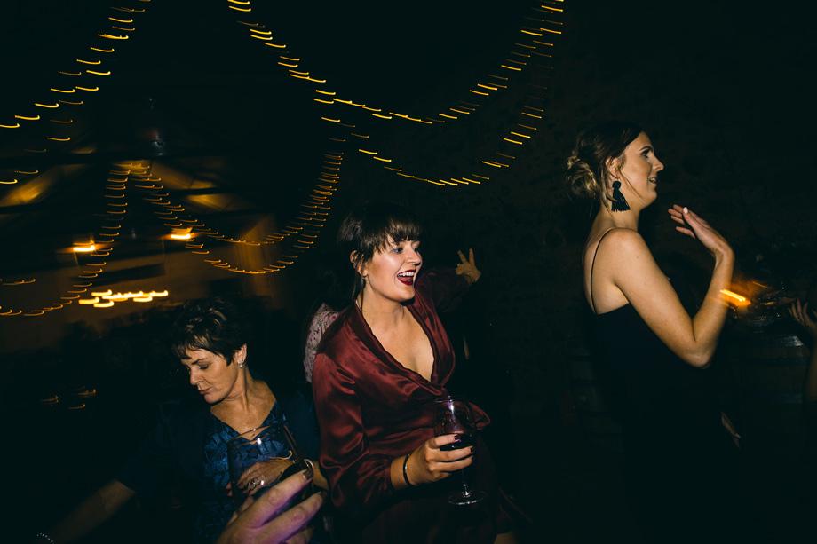 Melbourne wedding photographer Leo Farrell128.JPG
