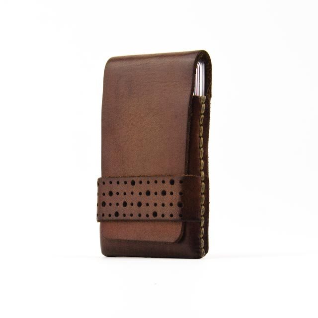 minimalist slim wallet with patina
