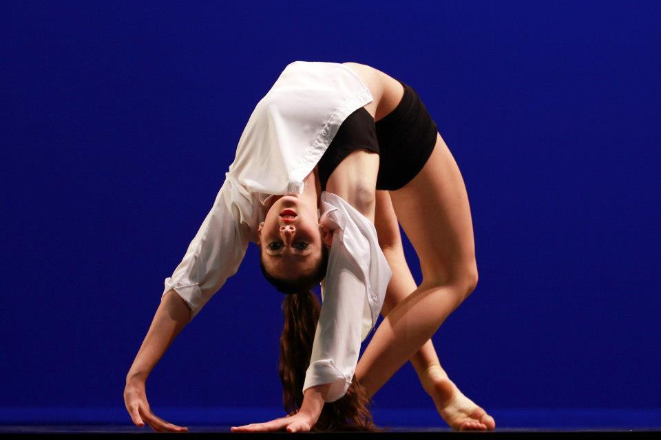 lucy_stubbings_sydney_dance_company_solo_contemporary