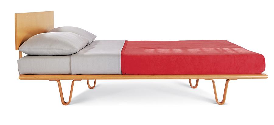 Bed-WoodVLeg-Queen2.jpg
