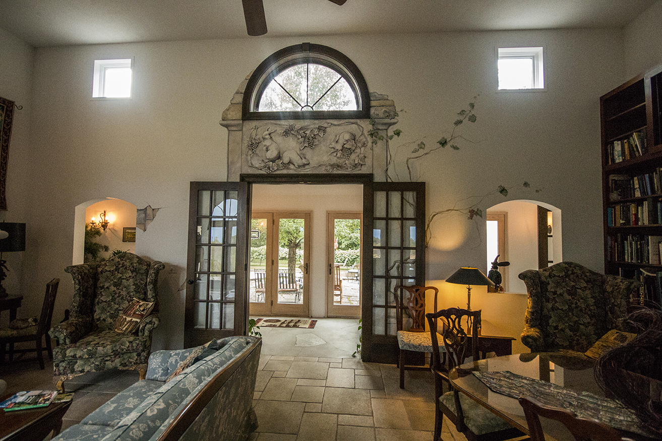 The entire house had big and small details, like the rabbits and vines painted on the walls.