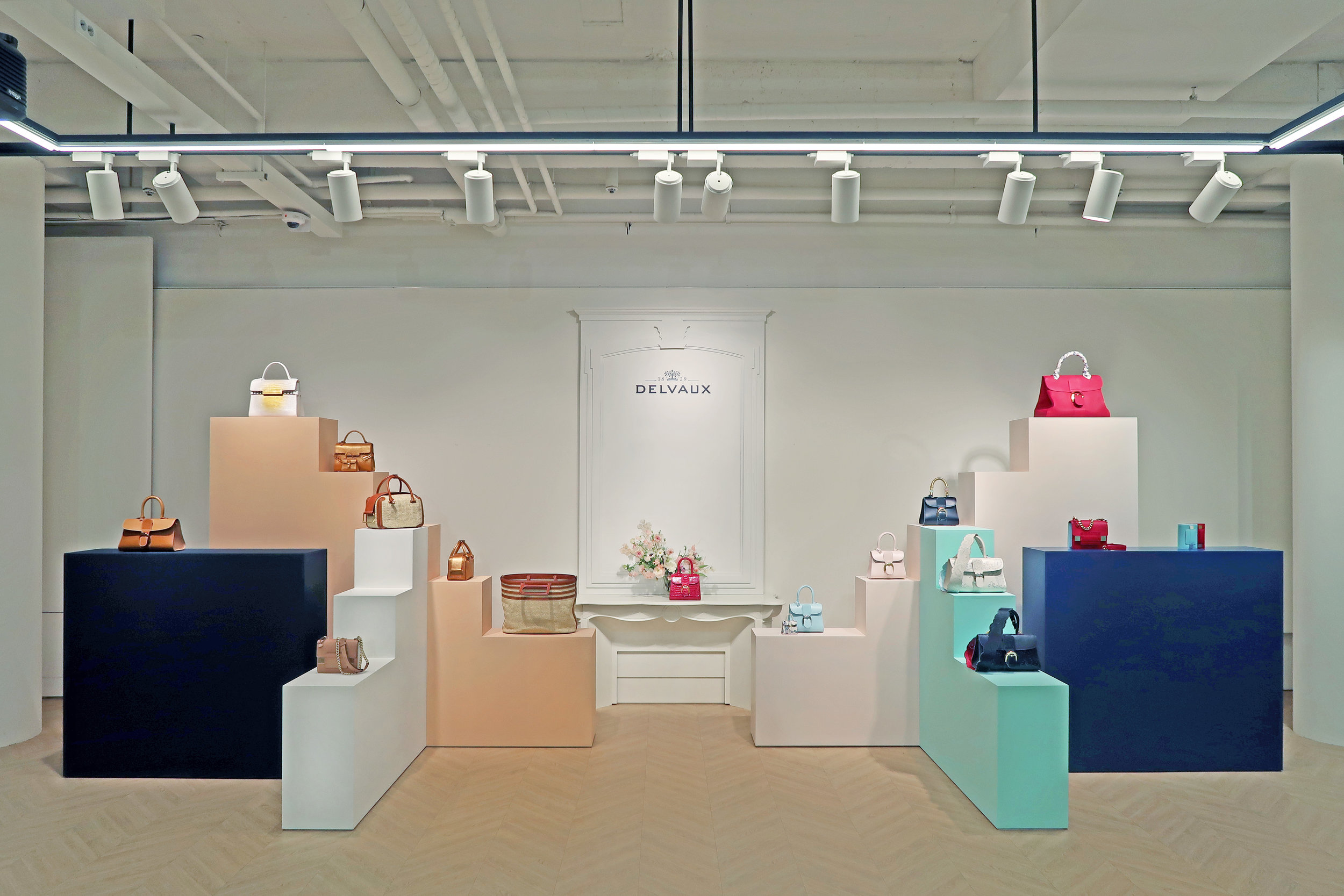 delvaux ss2019 pop-up in seoul