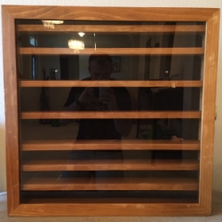 Roland's Knife Display Case