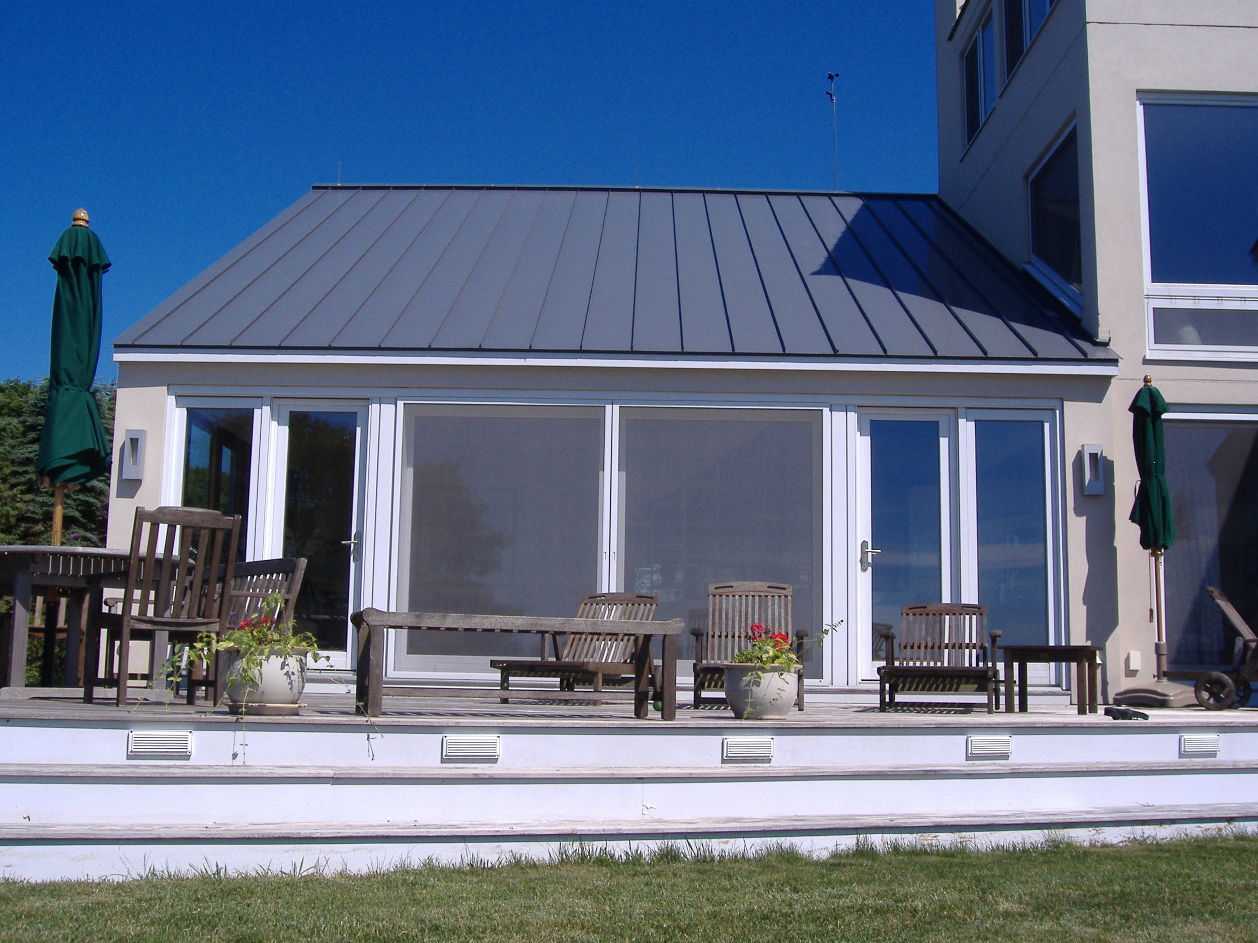 24 foot Lift and Slide Door with French Doors as Sidelights