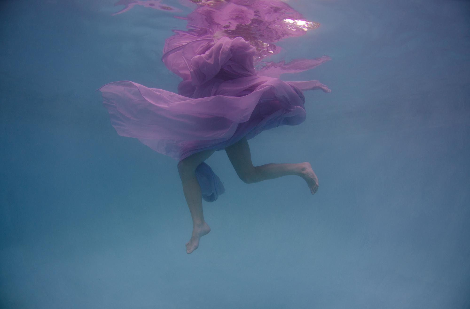 Dana underwater silks13660.JPG