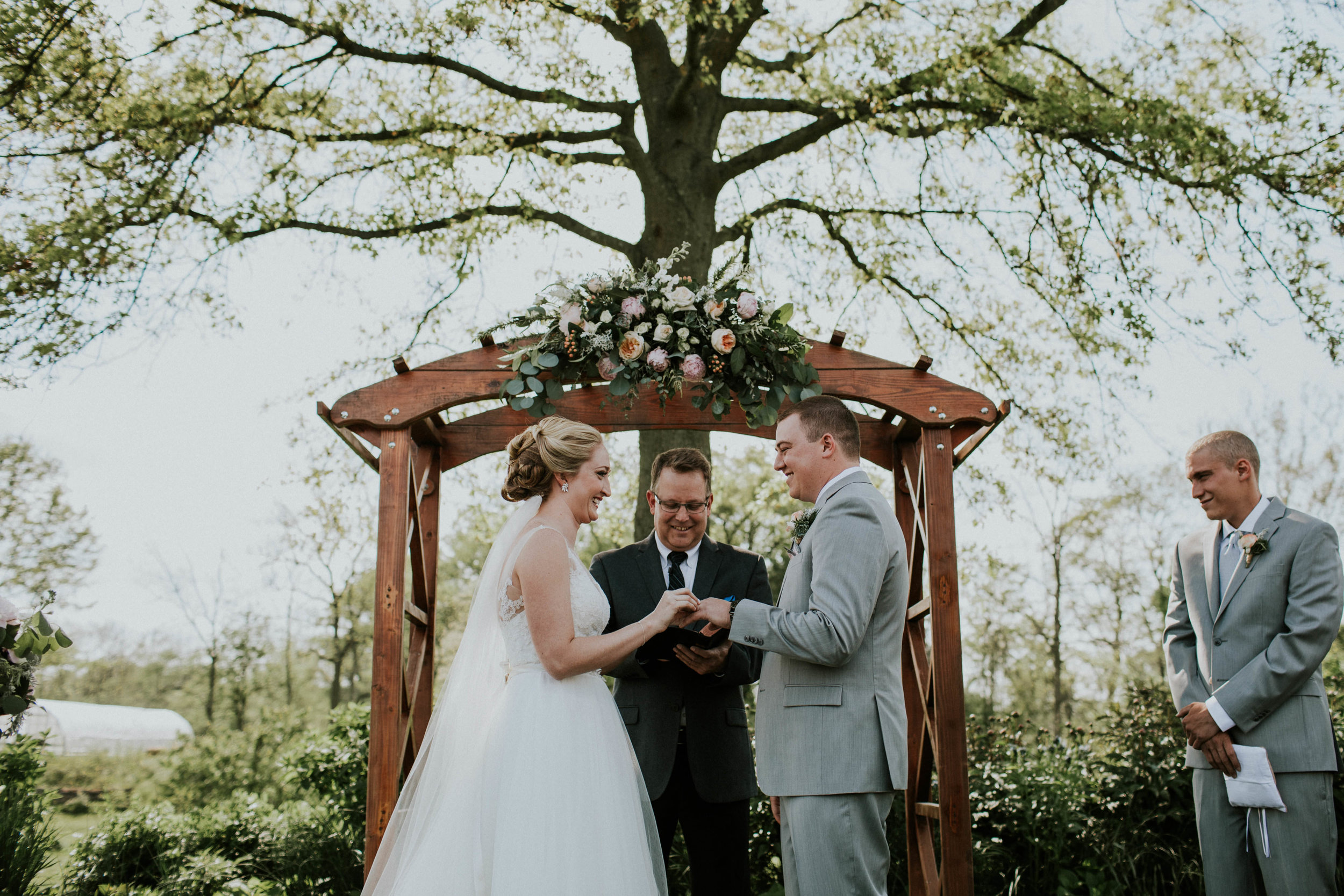 Jorgensen farm  columbus Ohio grace e jones wedding photographer