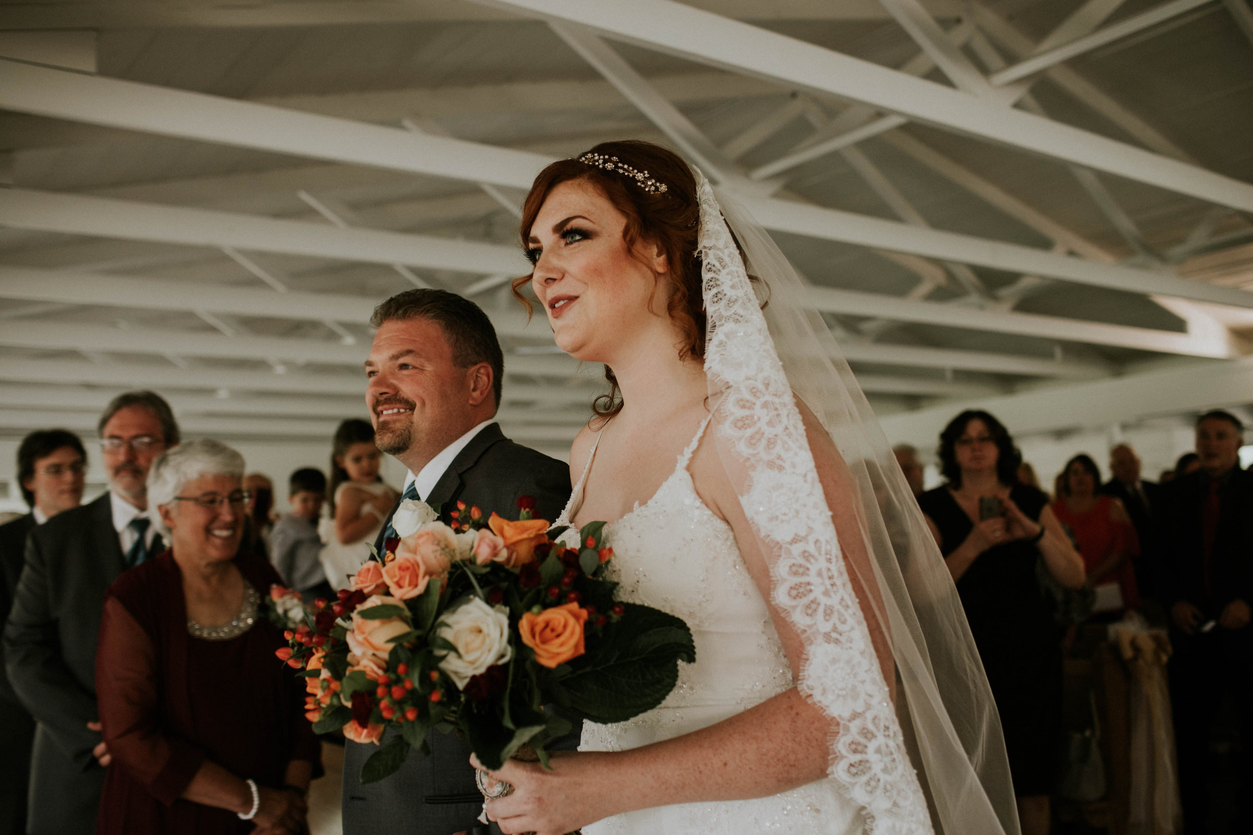 Waters edge louisville ohio romantic wedding grace e jones photography48.jpg