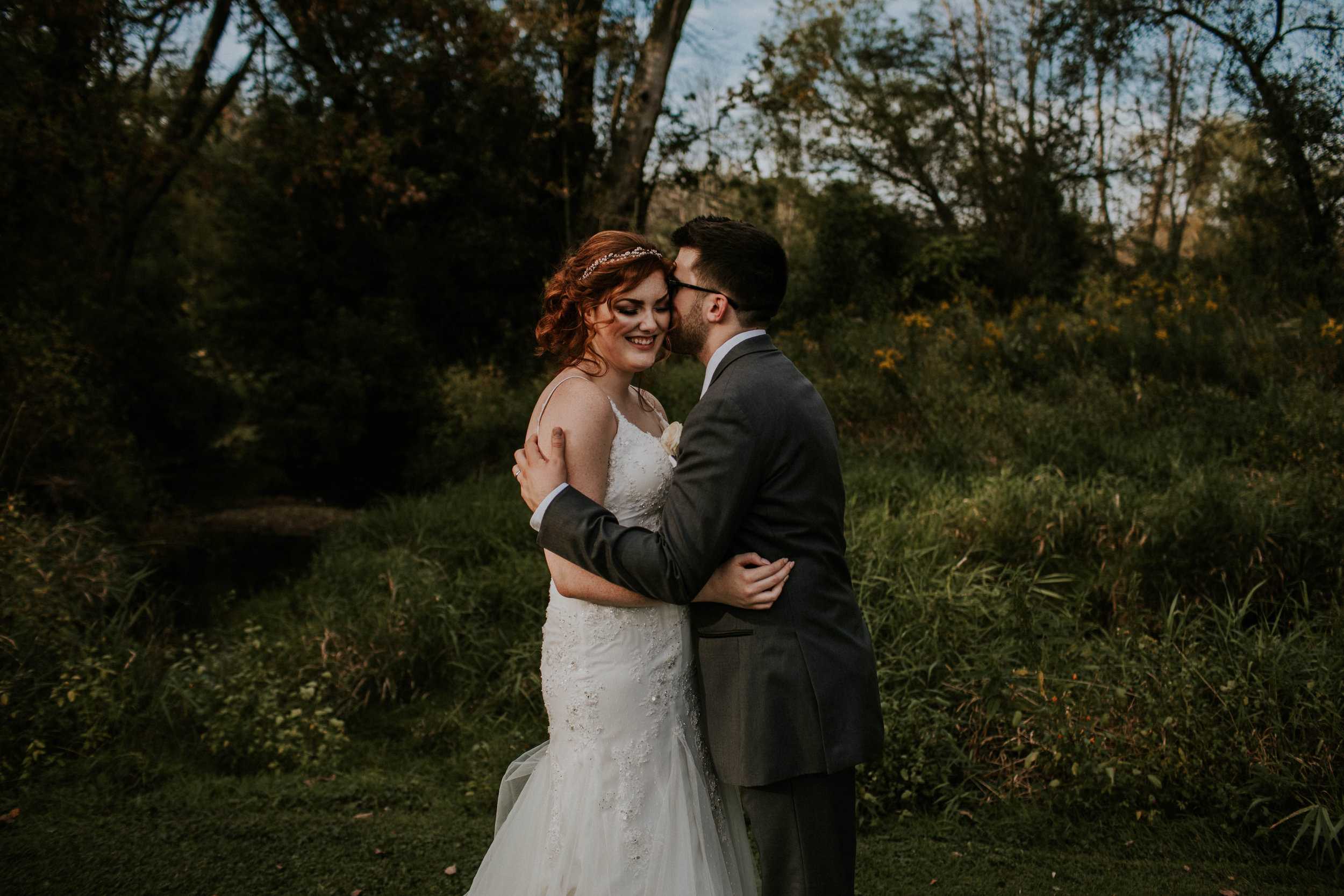 Waters edge louisville ohio romantic wedding grace e jones photography130.jpg