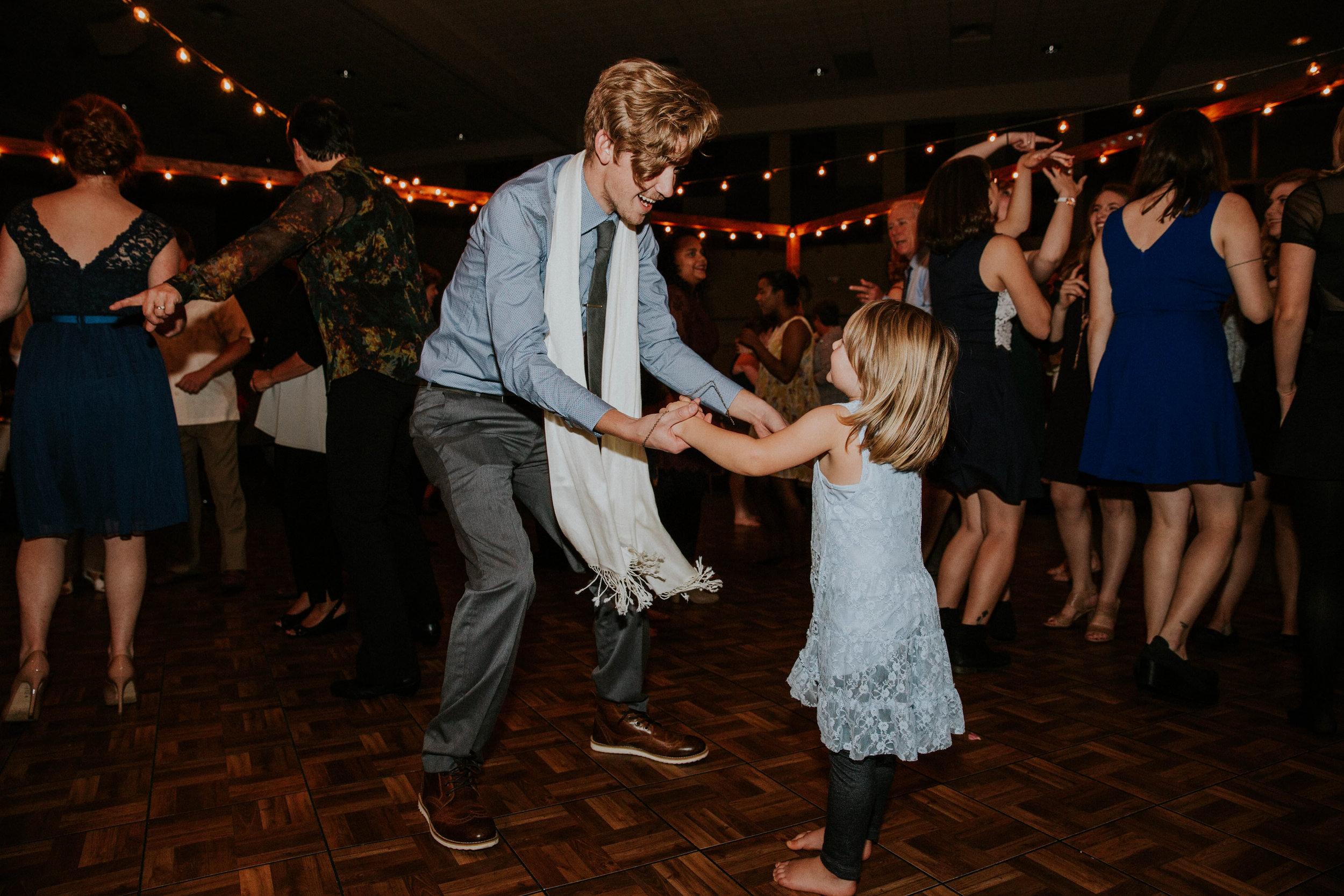 Columbus ohio wedding photographer grace e jones photography real fun joyful wedding150.jpg