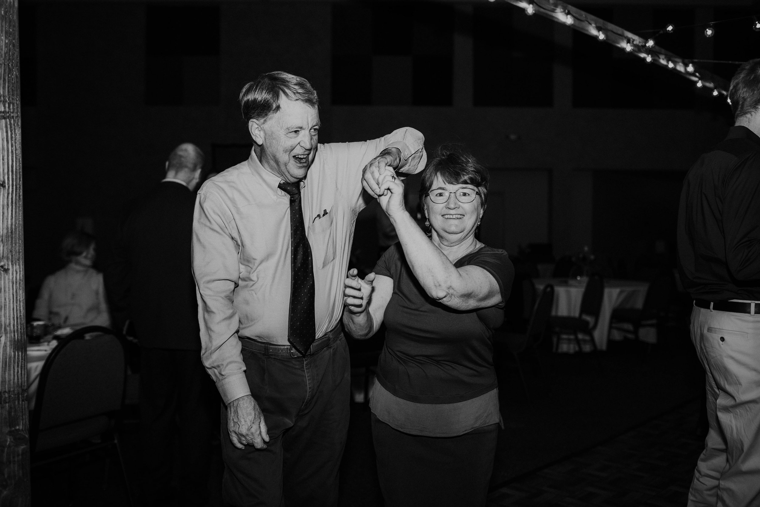 Columbus ohio wedding photographer grace e jones photography real fun joyful wedding182.jpg