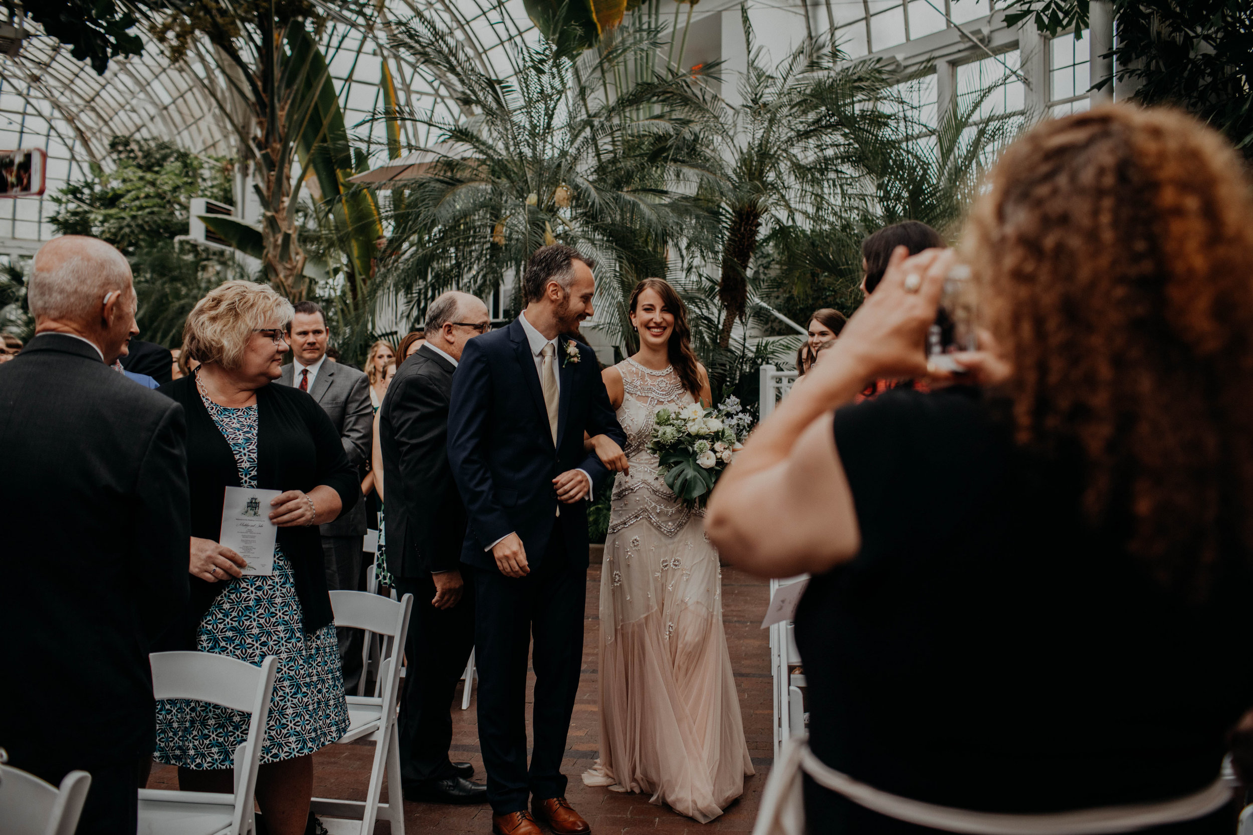 franklin park conservatory wedding columbus ohio wedding photographer grace e jones photography259.jpg