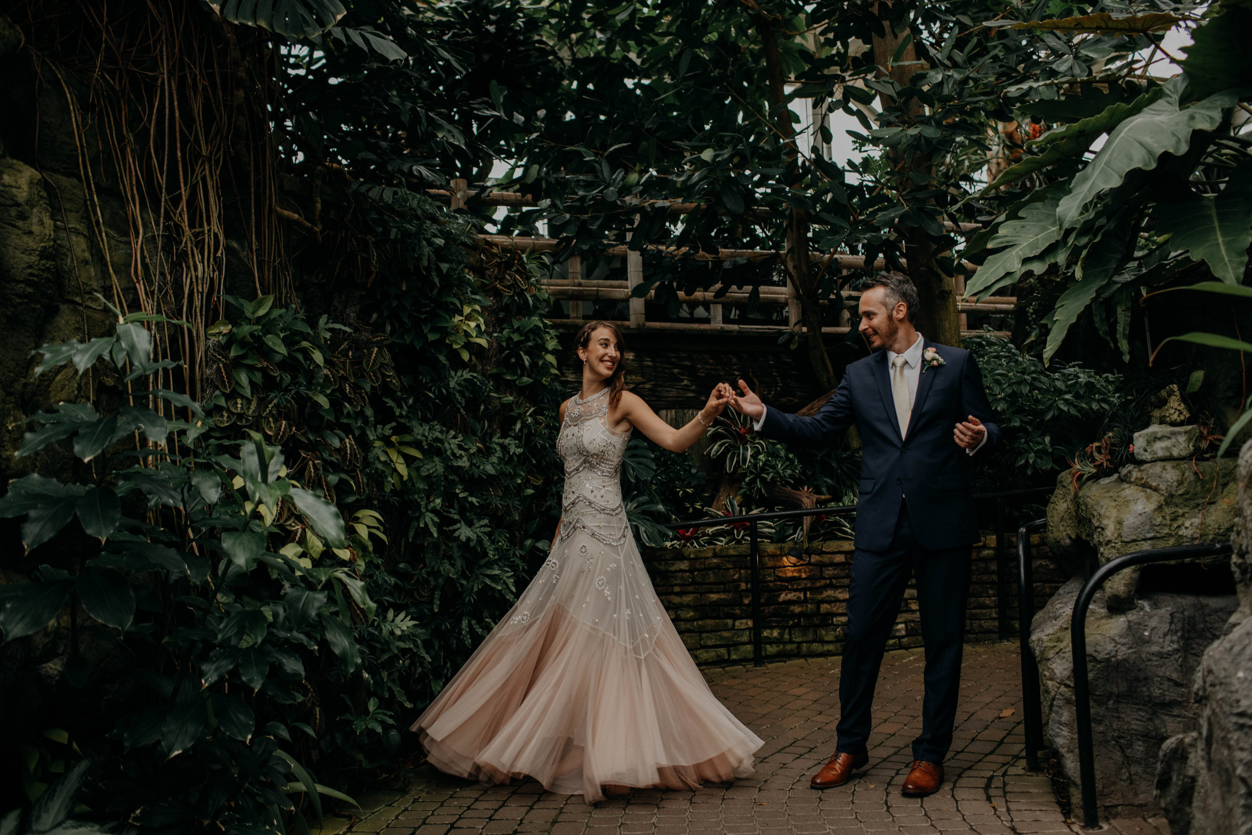 franklin park conservatory wedding columbus ohio wedding photographer grace e jones photography139.jpg