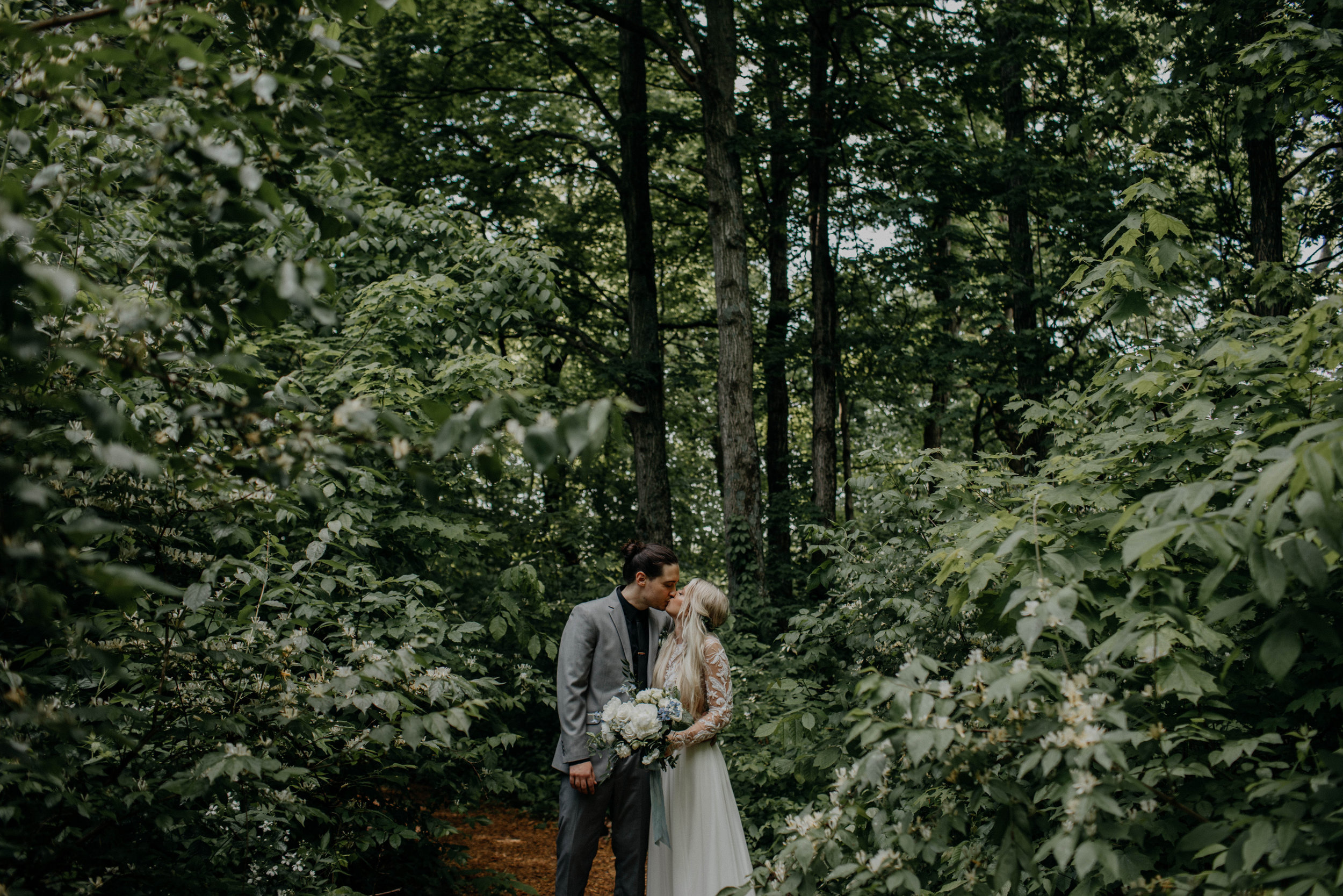 Columbus ohio wedding photographer canyon run ranch wedding grace e jones photography wedding photographer147.jpg