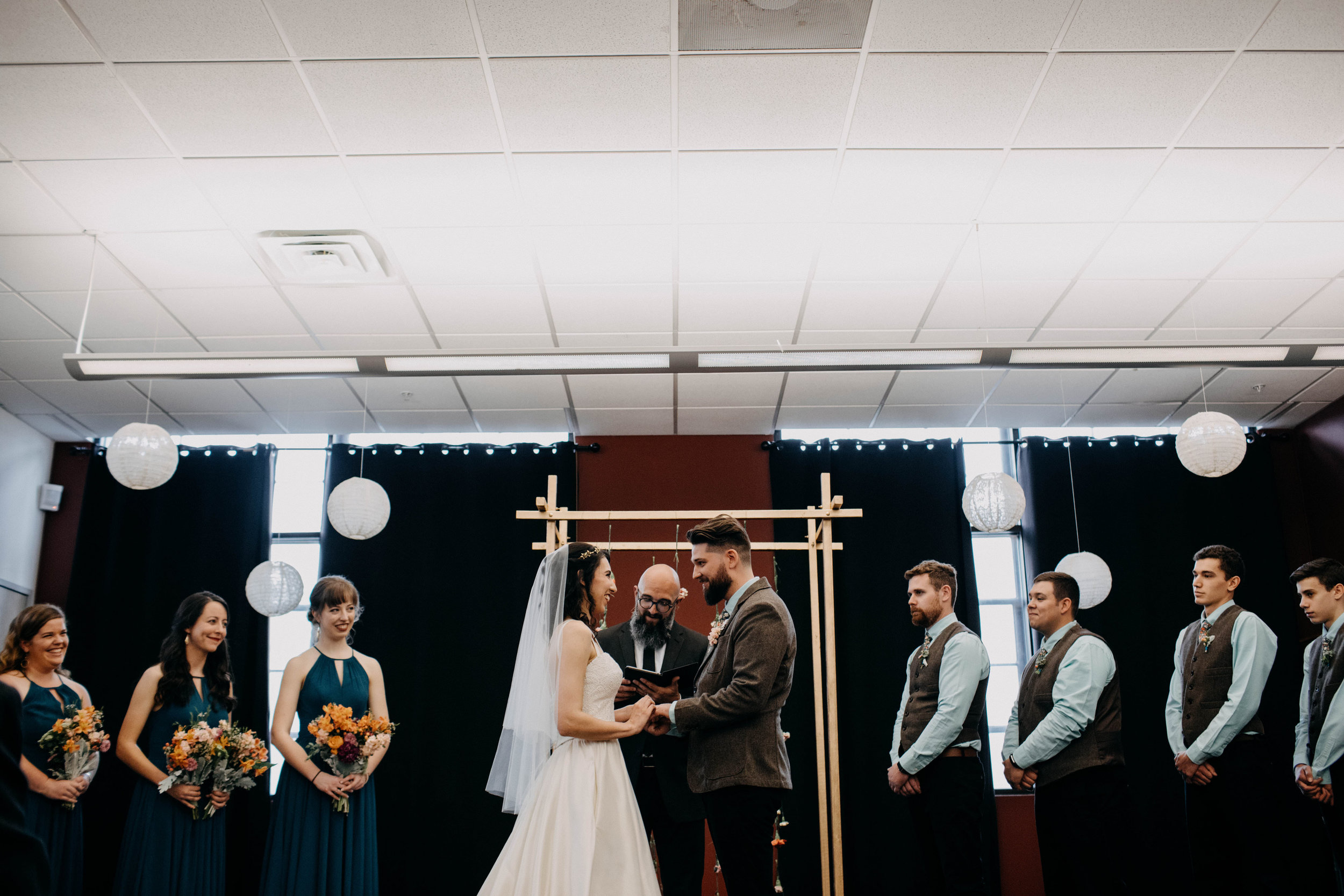 Columbus, Ohio Wedding Photographer Everal Barn At Heritage Park Wedding Venue Grace E Jones Photography50.jpg