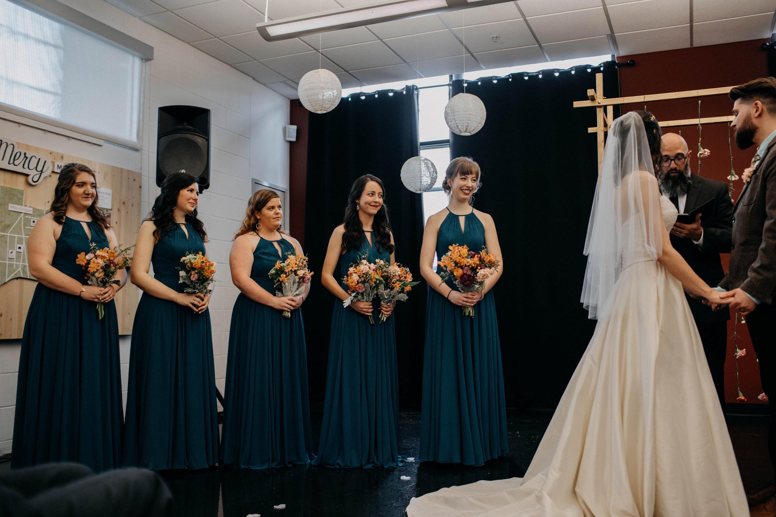 Columbus, Ohio Wedding Photographer Everal Barn At Heritage Park Wedding Venue Grace E Jones Photography52.jpg