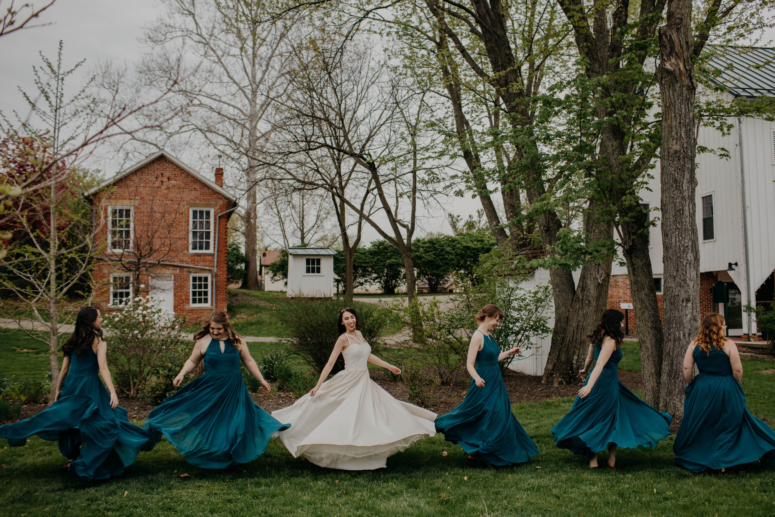 Columbus, Ohio Wedding Photographer Everal Barn At Heritage Park Wedding Venue Grace E Jones Photography69.jpg