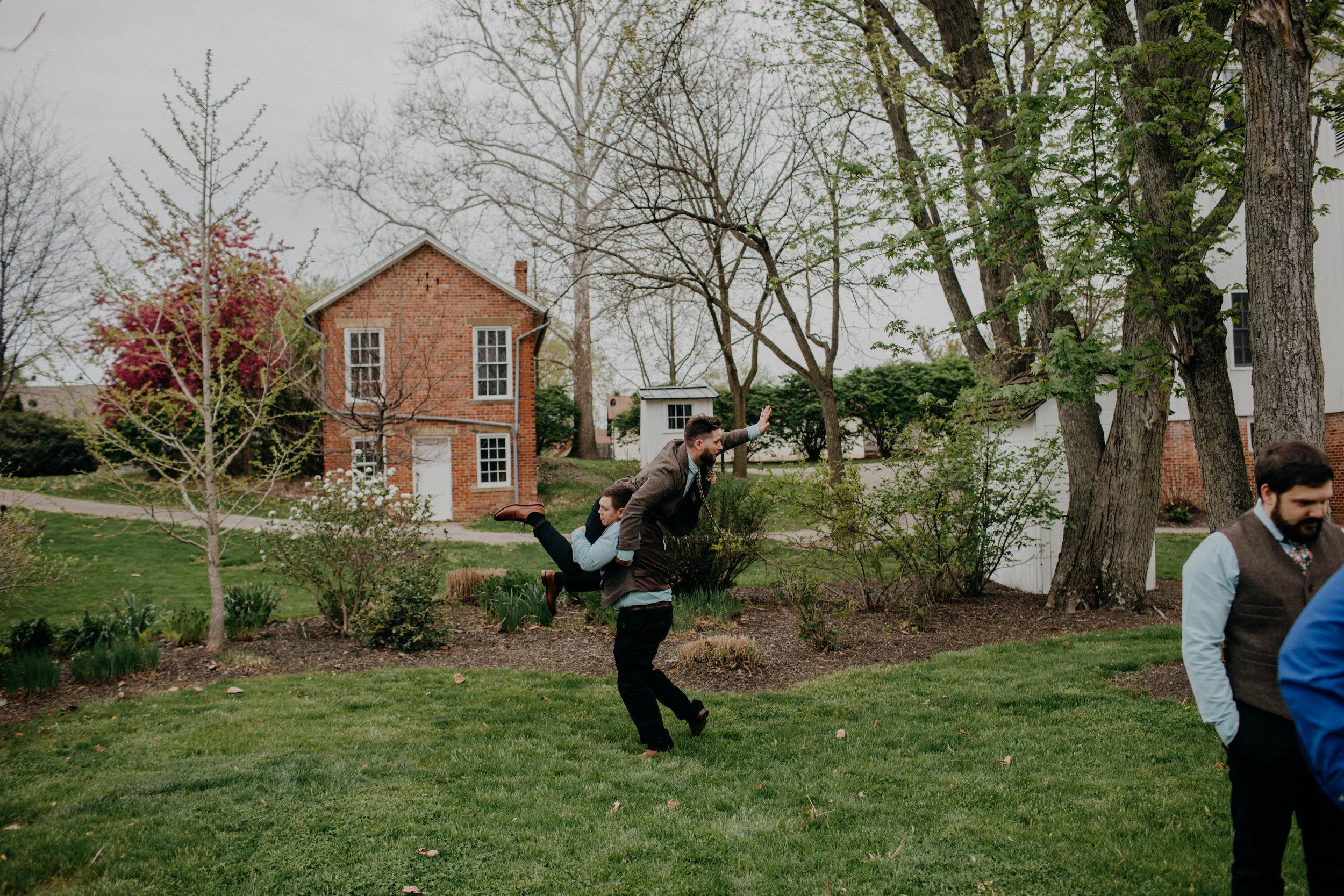 Columbus, Ohio Wedding Photographer Everal Barn At Heritage Park Wedding Venue Grace E Jones Photography65.jpg