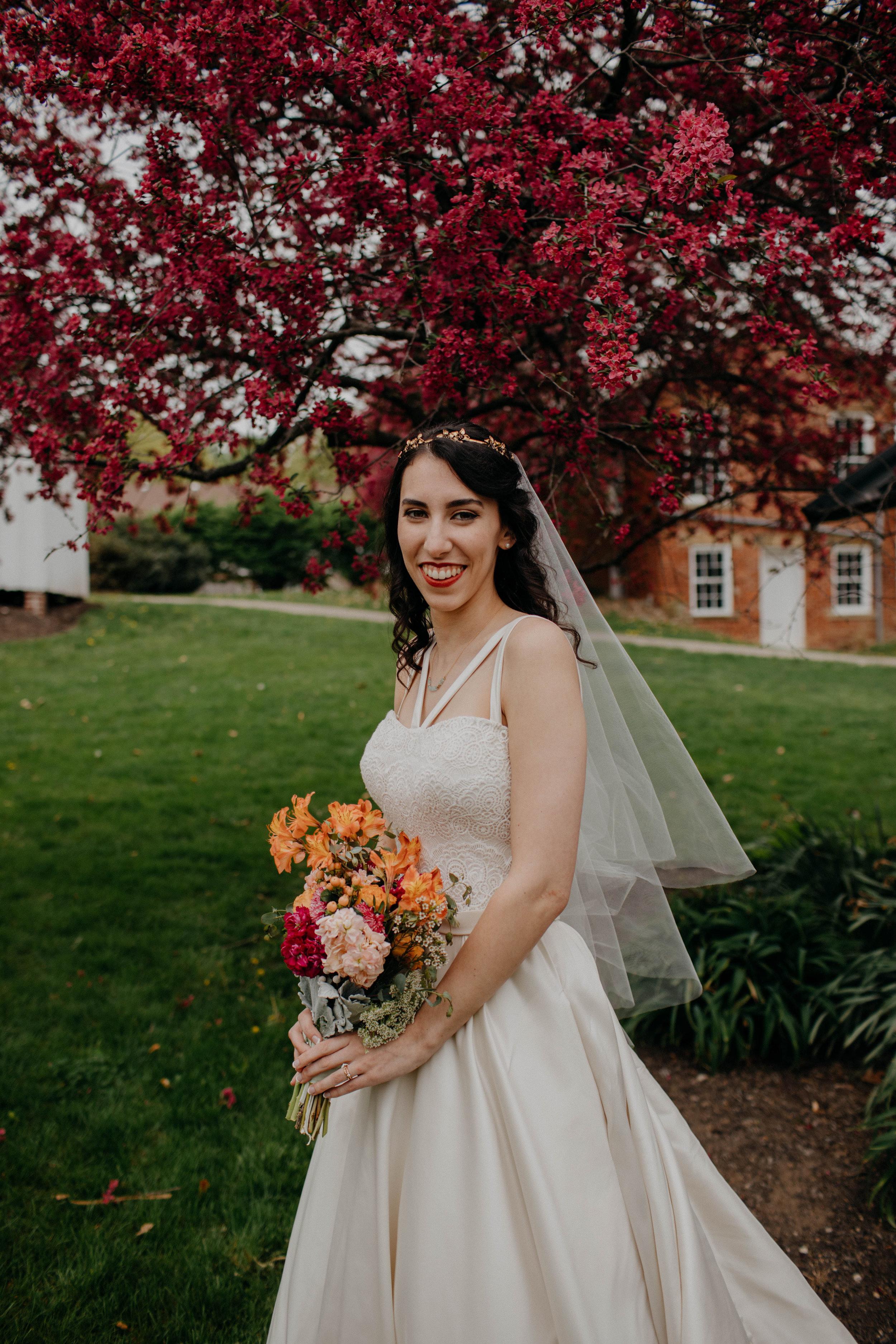 Columbus, Ohio Wedding Photographer Everal Barn At Heritage Park Wedding Venue Grace E Jones Photography112.jpg