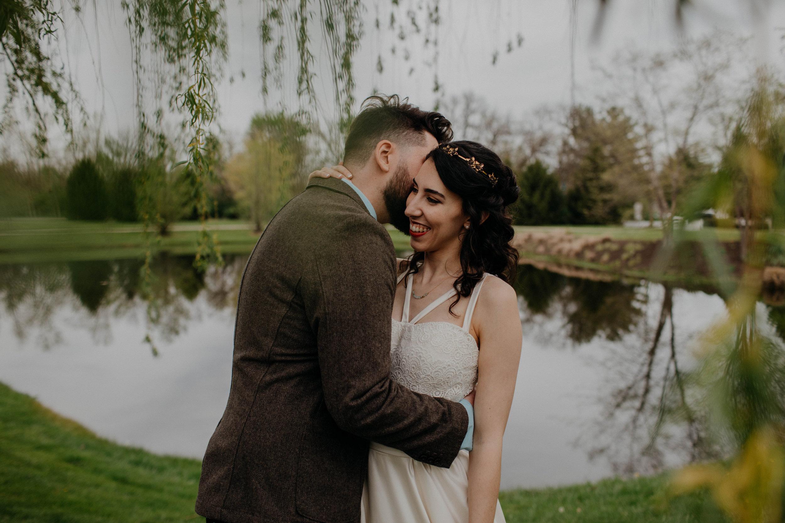 Columbus, Ohio Wedding Photographer Everal Barn At Heritage Park Wedding Venue Grace E Jones Photography146.jpg