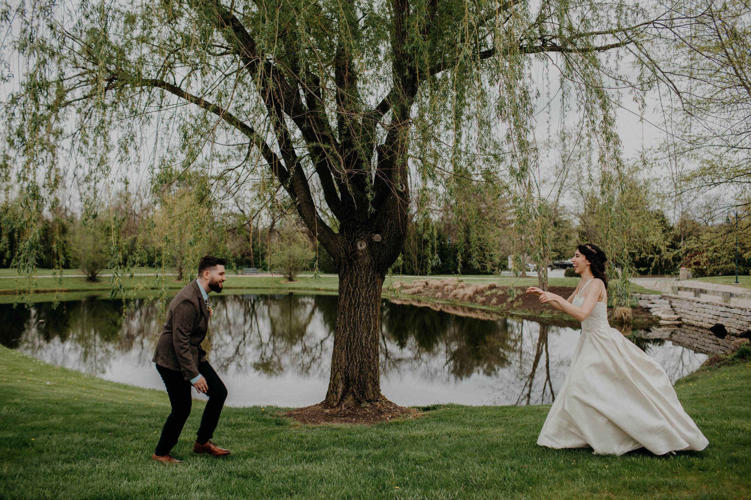 Columbus, Ohio Wedding Photographer Everal Barn At Heritage Park Wedding Venue Grace E Jones Photography154.jpg