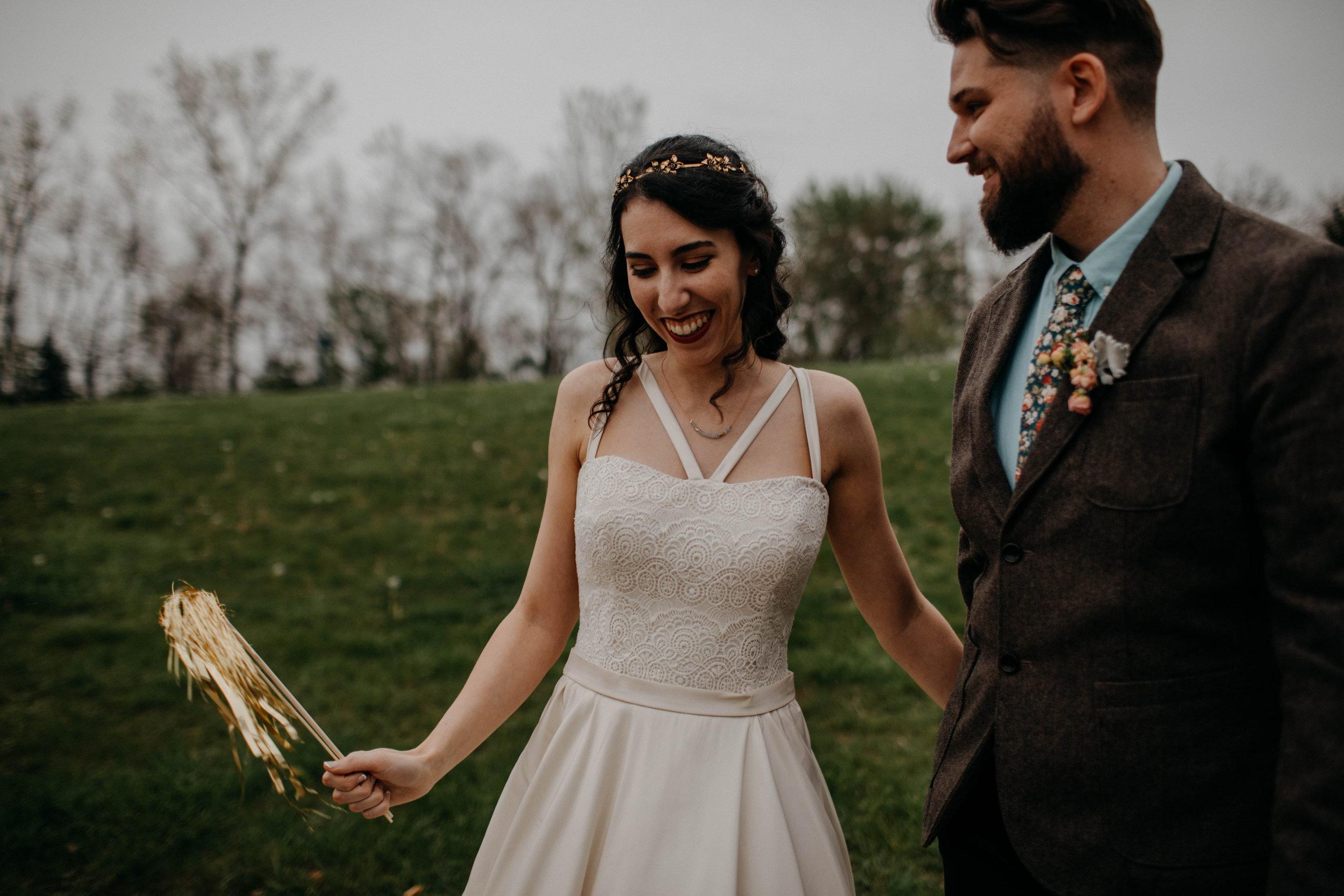 Columbus, Ohio Wedding Photographer Everal Barn At Heritage Park Wedding Venue Grace E Jones Photography177.jpg
