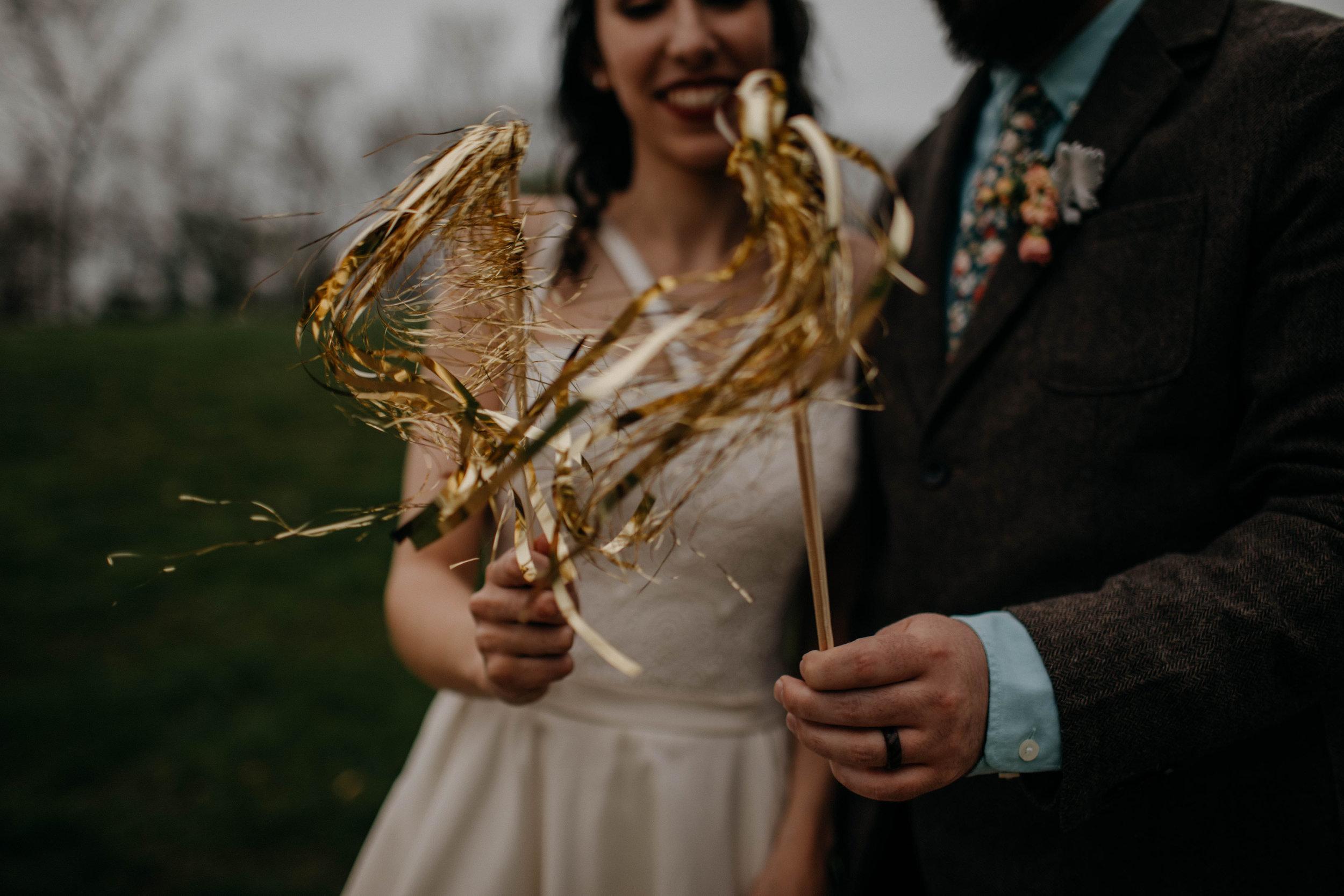 Columbus, Ohio Wedding Photographer Everal Barn At Heritage Park Wedding Venue Grace E Jones Photography179.jpg