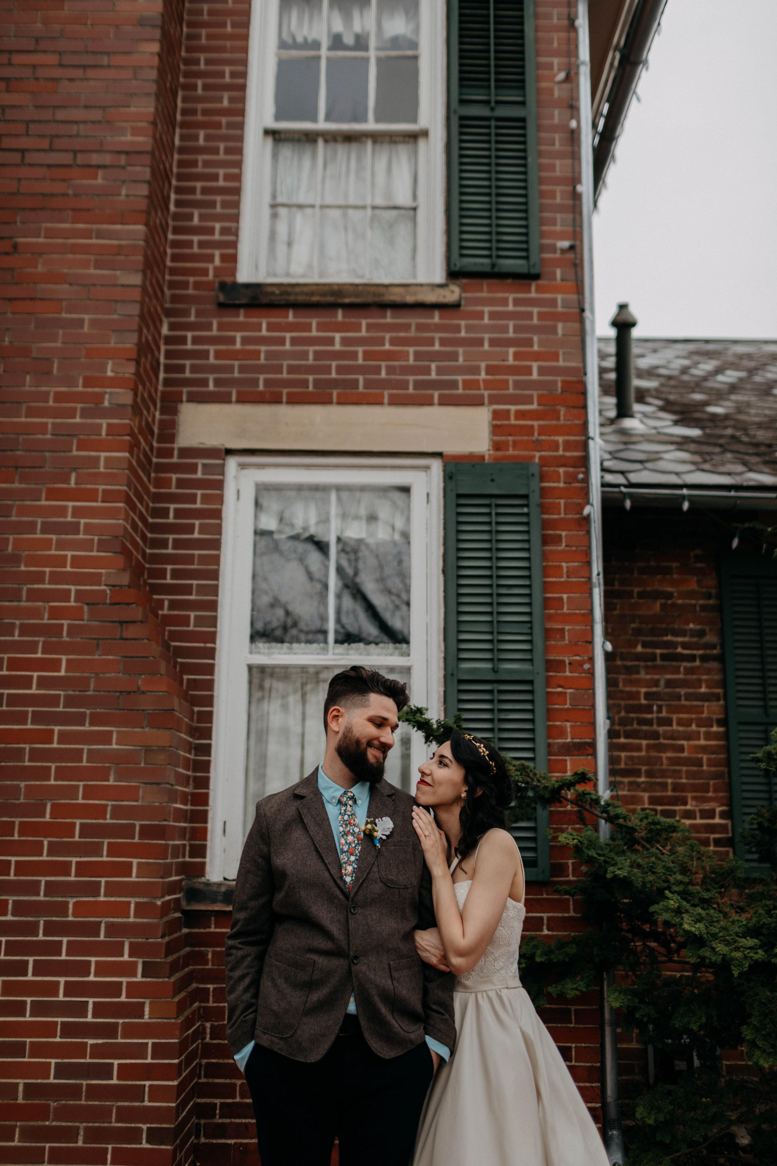 Columbus, Ohio Wedding Photographer Everal Barn At Heritage Park Wedding Venue Grace E Jones Photography188.jpg