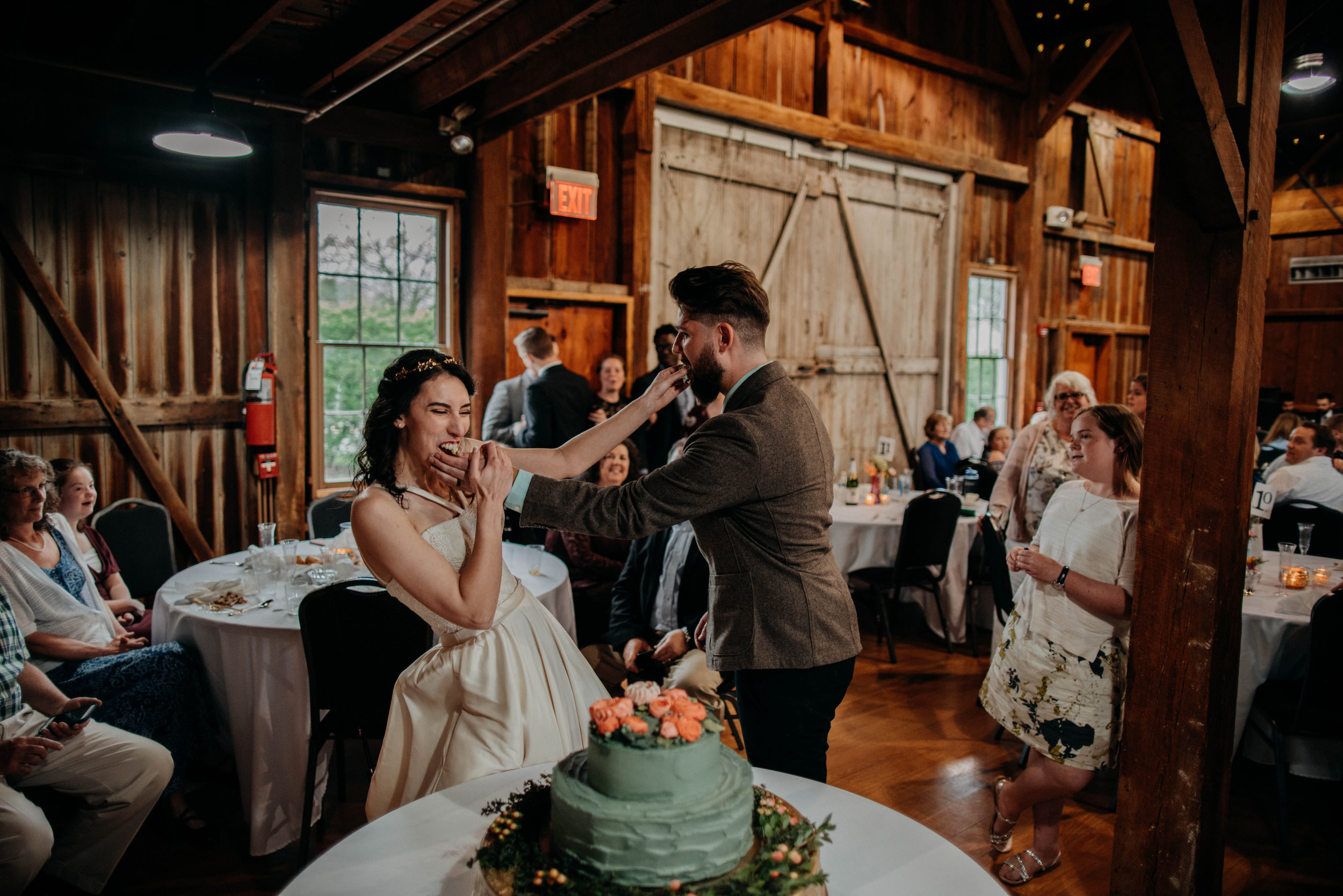 Columbus, Ohio Wedding Photographer Everal Barn At Heritage Park Wedding Venue Grace E Jones Photography218.jpg