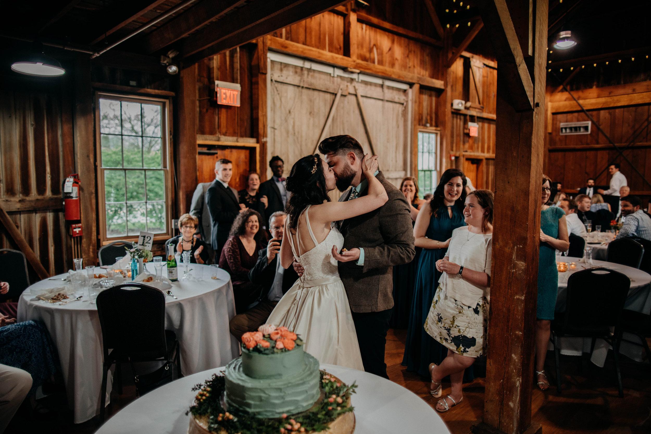Columbus, Ohio Wedding Photographer Everal Barn At Heritage Park Wedding Venue Grace E Jones Photography219.jpg